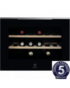 Виноохладител за вграждане Electrolux KBW5X